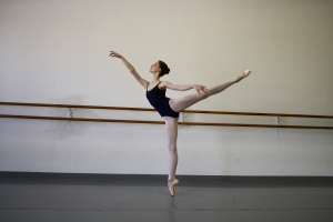 dancer-ballet-pointe-2858028-o